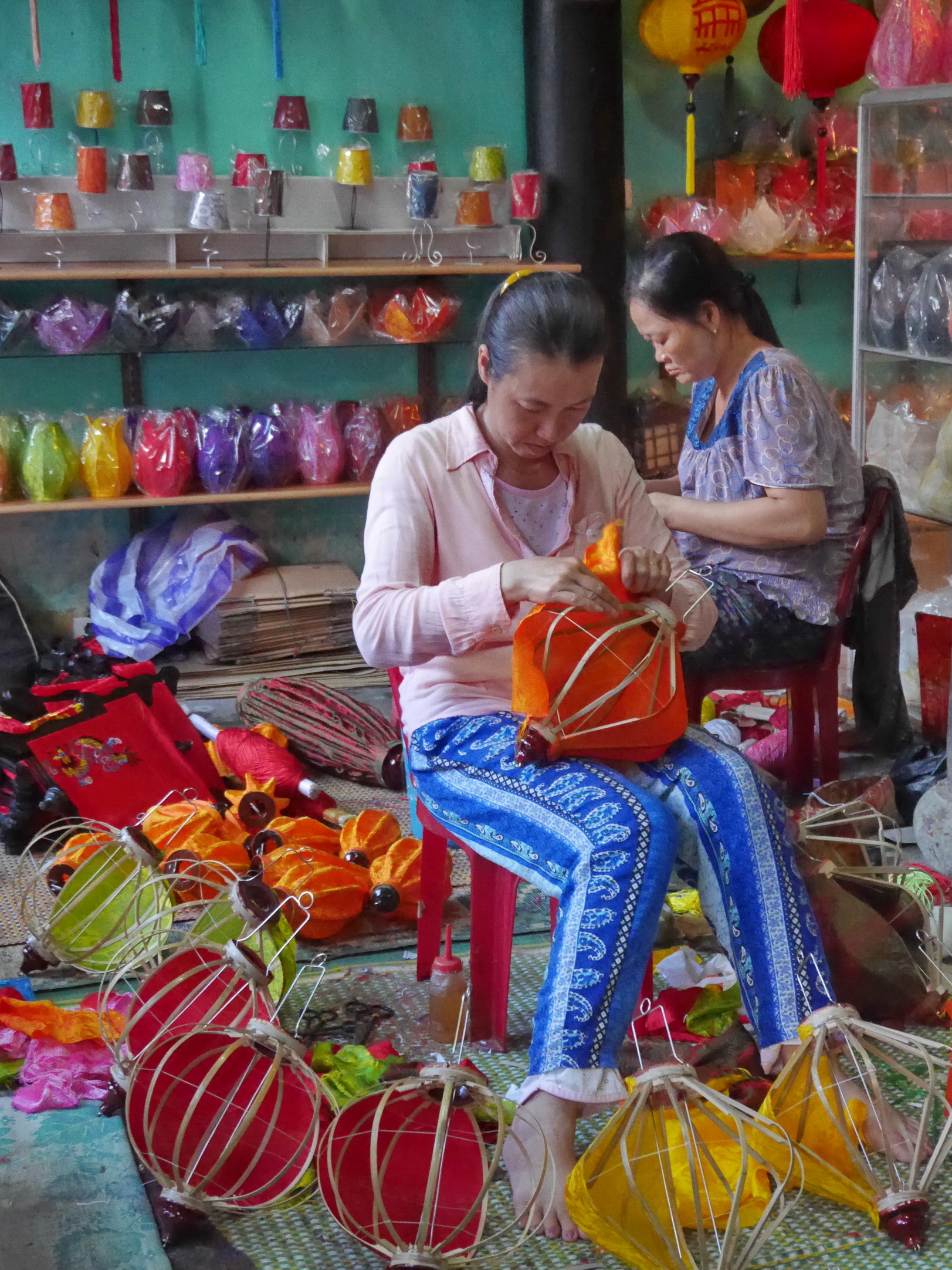 Vietnam Lantern Making